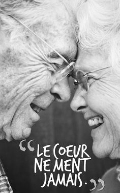 """""""I love it when I see old couples together, because it makes me believe that true love does exist. Vieux Couples, Old Couples, Cute Couples, Elderly Couples, Happy Couples, White Photography, Portrait Photography, Old Couple Photography, Happy People Photography"""