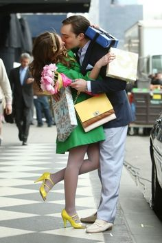 This would be a super cute engagment pic! Chuck Bass & Blair Waldorf (Ed Westwick and Leighton Meester, Gossip Girl)