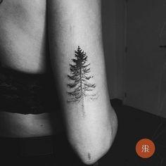 dotwork tree tattoo