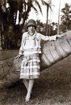 Anita Loos (author of Gentlemen Prefer Blondes) 1920s
