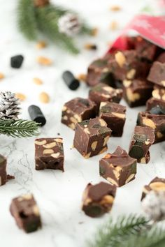 Christmas Cards, Xmas, Fudge, Baking Recipes, Sweets, Candy, Snacks, Chocolate, Desserts