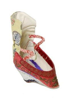 """""""Lotus shoe"""" for the bound foot of a Chinese lady, decorated with very fine embroidered details. Date: 1800-1850 #shoe #fashion"""