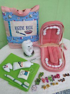 Dental Activities for Kids - Todo Sobre La Salud Bucal 2020 Paper Crafts For Kids, Felt Crafts, Diy For Kids, Baby Toys, Kids Toys, Dental Kids, Felt Stories, Diy Bebe, Felt Quiet Books