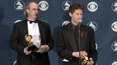 James Horner accepts award for composing Titanic soundtrack James Horner  #JamesHorner