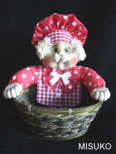 LÍNEA COCINA Felt Toys, Doll Crafts, Fabric Dolls, Gnomes, Lily, Teddy Bear, Christmas Ornaments, Holiday Decor, Animals