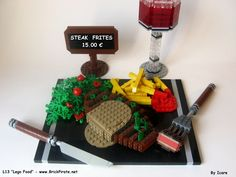 Steack Frites 01 Lego Food, Steak And Chips, Lego Decorations, Lego Boards, Lego Pictures, Amazing Lego Creations, Lego People, Diy Perler Beads, Lego Design
