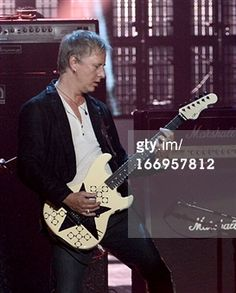 Jerry cantrell rock and roll hall of fame induction