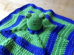 Blanket Buddy - Frog Knit Crochet, Blanket, Knitting, Handmade, Inspiration, Biblical Inspiration, Hand Made, Tricot, Breien
