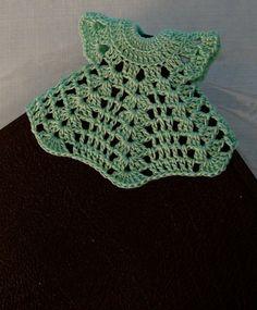SEÑALADOR DE PAGINAS - CROCHET BOOKMARK-Dressy Dress Corner Bookmark por DesignsbyLilly