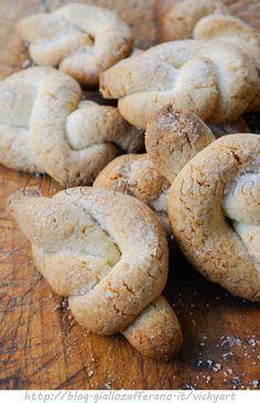 Shortbread Knots with lemon - Nodini di frolla biscotti al limone facili e veloci vickyart arte in cucina
