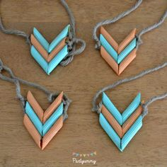 Indian tepee-birthday-party-collar-pasta – Holiday and camping ideas Indian Birthday Parties, Indian Party, Diy Tipi, Pocahontas Birthday Party, Diy For Kids, Crafts For Kids, Indian Teepee, Diy And Crafts, Arts And Crafts