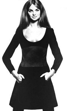 Jean Shrimpton in Jany Six Dress, photo by David Bailey, Vogue Paris, 1968