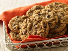 Whole Wheat Chocolate Chip Cookies.....Going to try these tonight!