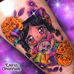 💐🌈MEXICAN GLITTERY DOLL🌈💐 The María dolls, made of rag and colorful ribbons, are a big symbol of Mexicanness through their strokes and… Body Art Tattoos, Girl Tattoos, Tatoos, Laura Anunnaki, Mexico Tattoo, Doll Tattoo, Harley Quinn Tattoo, Tattoo Zone, Skull Coloring Pages