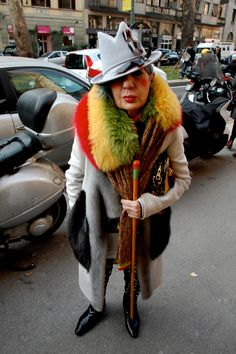 The Clothes Whisperer: the fashion blog with wit that sparkles: Editor Watch: Anna Piaggi's 9 Milimeter Fedora at D