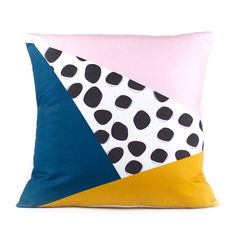 Triangles & Dots Pillow Cover