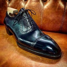 Amazing for just about any occasion the new BRUCEGAO alligator cap-toe men's lace-up is an extremely versatile men's shoe. Mens Suede Boots, Mens Shoes Boots, Shoe Boots, Bridal Shoes, Wedding Shoes, Gentleman Shoes, Custom Design Shoes, Best Shoes For Men, Leather Cap