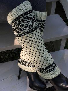 Women's Winter leg warmers by NellysKnitBoutique on Etsy Chunky Infinity Scarves, Oversized Scarf, Knitted Coffee Sleeve, Knit Leg Warmers, Cable Knit Hat, Fingerless Mittens, Vintage Fur, Winter Wardrobe, Dance Wear