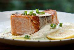 Receita de salmão grelhado com chantilly de wasabi Prato fica pronto em 20 minutos e impressiona convidados
