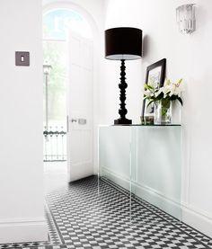 Victorian Black/White Chequer Tile