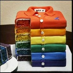This is a rainbow shirt-cake. coolest rainbow cake I've seen yet. Pretty Cakes, Cute Cakes, Beautiful Cakes, Yummy Cakes, Amazing Cakes, Beautiful Desserts, Sweet Cakes, Crazy Cakes, Fancy Cakes
