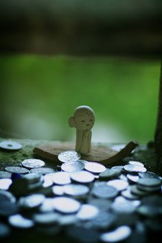 Small Jizo statue at Mimuroto-ji temple, Kyoto, Japan Japanese Love, Japanese Temple, Turning Japanese, Japanese Art, Source D'inspiration, Art Asiatique, All About Japan, Visit Japan, Geisha
