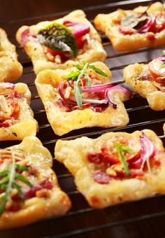 Puff pastry with cheese, tomato and vegetables