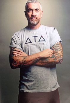 Alex Atala - brazilian chef & a true nature lover aka stud alarm *__* Good People, Pretty People, Chefs, What's Your Style, Michelin Star, Le Chef, Mature Men, Design Reference, Beautiful Men