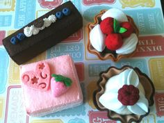 Hey, I found this really awesome Etsy listing at https://www.etsy.com/listing/108911569/pretend-felt-food-cake-set