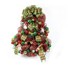 Get all the supplies to make this wreath at www.cgpackaging.com