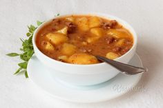 Goulash Soup (Gulášová polievka)Goulash is originally a Hungarian meal, it is very popular in Slovakia. Slovak Recipes, Czech Recipes, Hungarian Recipes, Top Recipes, Cooking Recipes, Slovakian Food, Goulash Soup, Stew, Gastronomia