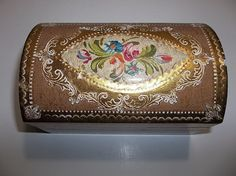 Vintage Italian Florentine Toleware Gold Gilt TREASURE CHEST Box Pink FLOWERS #HollywoodRegency