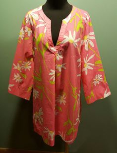 Lilly Pulitzer Bright Pink Daisy Floral V Neck Tunic Caftan Beach Cover Top XL #LillyPulitzer #TunicBeachCoverUp #CasualBeachwear $37