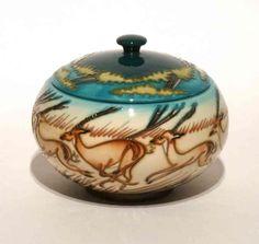 Moorcroft Pottery Impala - 147/5 - Lidded Box - Kerry Goodwin
