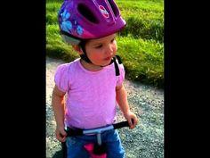 Zoe mit ihrem PUKY Wutsch Laufrad