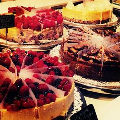 Cheesecakes...one of each please!!