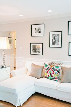 Laura Bateman Reif's Washington D.C. Home #theeverygirl #whitesofa
