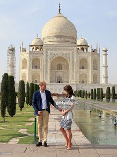 Prince William, Duke of Cambridge and Catherine, Duchess of Cambridge pose in front of the Taj Mahal on April 16, 2016 in Agra, India. This is the last engagement of the Royal couple after a week long visit to India and Bhutan that has taken them in cities such as Mumbai, Delhi, Kaziranga, Bhutan and Agra.