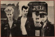 ♫'''Stray Cats Interview NME Cutting 1983...☺...'''♫ http://www.ebay.co.uk/itm/Stray-Cats-Interview-NME-Cutting-1983-/401054759750?hash=item5d60b9fb46:g:z48AAOSwHaBWlqUU