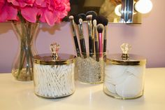 Diy makeup organizer ideas empty candle jars with cute knobs a diy makeup o Diy Vanity Storage, Diy Makeup Storage, Jar Storage, Storage Ideas, Bathroom Storage, Storage Organizers, Storage Containers, Makeup Display, Makeup Containers
