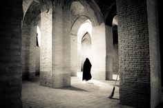 n-architektur:  Inside Jameh mosque, Esfahan by hofiak