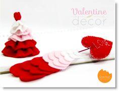 Cupid Arrow http://felting.craftgossip.com/2013/02/08/valentine-felt-decor-queen-of-hearts-from-alice-in-wonderland/