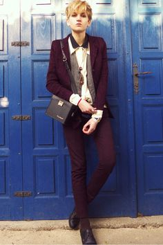 Maroon-secondhand-jacket-black-h-m-shirt-ivory-thrifted-shirt