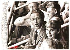 MIA Farrow Frank Sinatra Orig Agency Photo w Caption