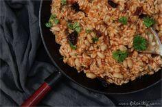Ein einfaches One Pot Rezept mit Reis und weißen Bohnen. Einfach alles in einen Topf geben und in nur 20 Minuten eine vollwertige Mahlzeit genießen.