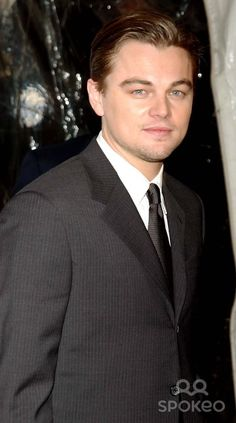"the New York Premiere of "" the Aviator "" Hosted by Kodak and Keds at the Ziegfeld in New York City 12-14-2004 Photo by: Andrea Renault-Globe Photos, Inc 2004 Leonardo Dicaprio"