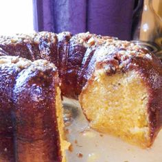 Old-School Boozy Rum Cake @keyingredient #cake #pie