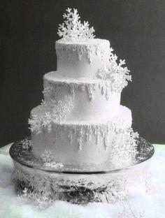 Winter Wedding Cake Snowflake Extravaganza