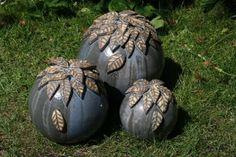 Gartenkugeln  von NEUTON Neussner Keramik - Skulpturen und Objekte aus Ton auf DaWanda.com
