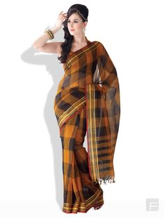 Glamorous Plaid Saree With Zari Border - URBAN VASTRA